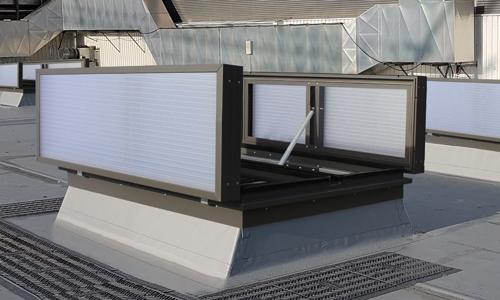 Eine Roda RWA Anlage VenturiSmoke VS2 auf einem Dach als Abbildung